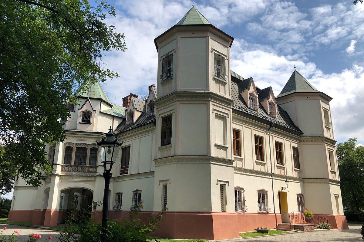 Pałac Lichnowskich